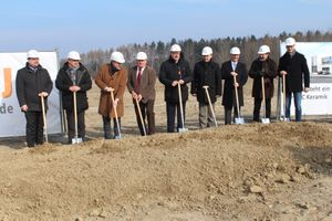 Groundbreaking marks the start of construction at Eberspaecher site in Hermsdorf